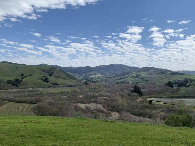 7296 Santos Road, Lompoc, CA 93436 (MLS #20-1808) :: The Zia Group