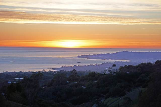 838 Toro Canyon Rd, Montecito, CA 93108 (MLS #20-248) :: The Epstein Partners