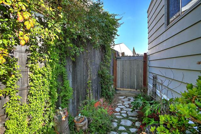 5700 Via Real #13, Carpinteria, CA 93013 (MLS #20-2750) :: The Zia Group