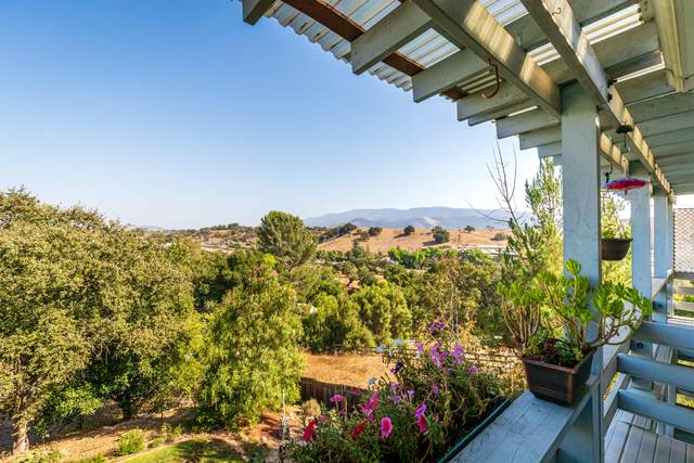 1068 Cota St, Santa Ynez, CA 93460 (MLS #20-3784) :: Chris Gregoire & Chad Beuoy Real Estate