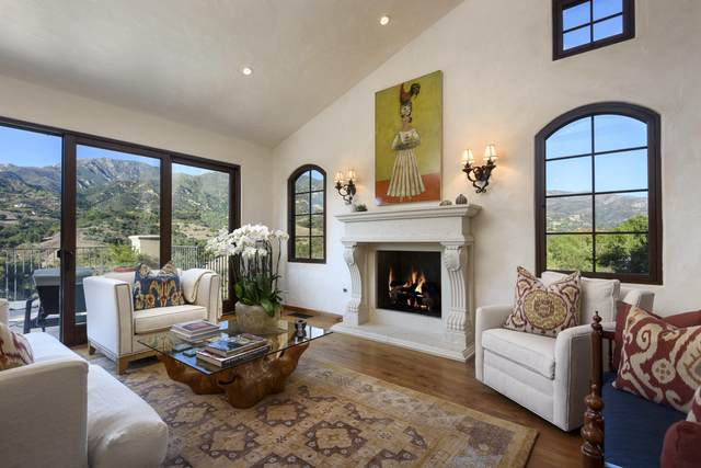 219 Conejo Rd, Santa Barbara, CA 93103 (MLS #20-4551) :: The Zia Group