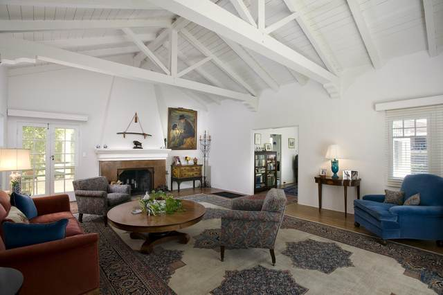 2104 State St, Santa Barbara, CA 93105 (MLS #20-4552) :: The Zia Group
