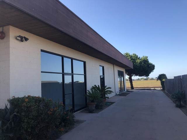 4237 Carpinteria Ave #3, Carpinteria, CA 93013 (MLS #20-647) :: The Epstein Partners