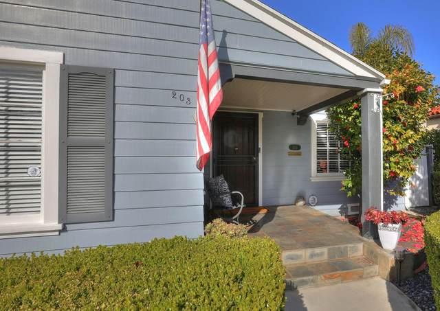 203 N F St, Oxnard, CA 93030 (MLS #21-1358) :: The Zia Group