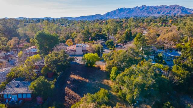 402 S Signal St, Ojai, CA 93023 (MLS #21-152) :: Chris Gregoire & Chad Beuoy Real Estate