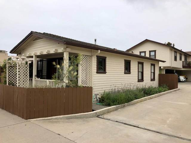 1075 Linden Ave, Carpinteria, CA 93013 (MLS #21-1704) :: Chris Gregoire & Chad Beuoy Real Estate