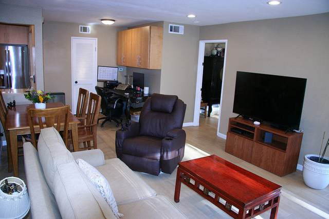 7602 Hollister Ave #101, Goleta, CA 93117 (MLS #21-1710) :: The Zia Group