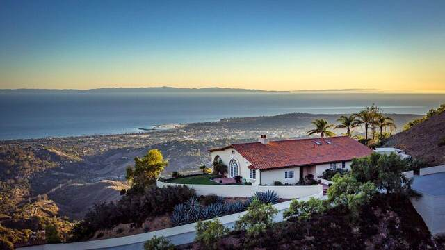 2835 Gibraltar Rd, Santa Barbara, CA 93105 (MLS #21-2023) :: Chris Gregoire & Chad Beuoy Real Estate