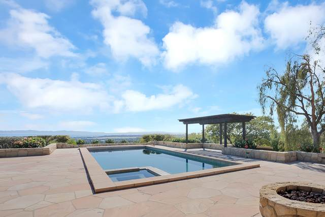 1402 N Fairview Ave, Goleta, CA 93117 (MLS #21-2027) :: Chris Gregoire & Chad Beuoy Real Estate