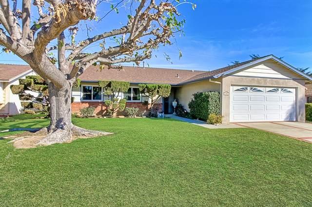 860 Olympia Ave, Ventura, CA 93004 (MLS #21-203) :: Chris Gregoire & Chad Beuoy Real Estate