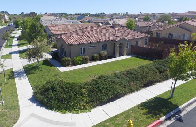 768 Pluto Ave, Lompoc, CA 93436 (MLS #21-2228) :: Chris Gregoire & Chad Beuoy Real Estate