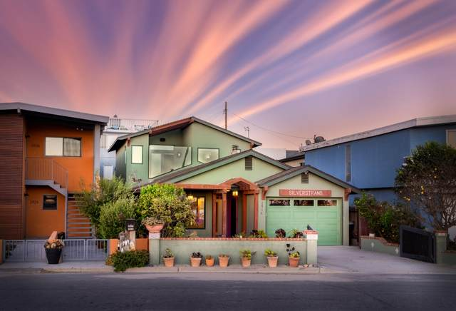 2916 Lakeshore Ct, Oxnard, CA 93035 (MLS #21-2491) :: Chris Gregoire & Chad Beuoy Real Estate