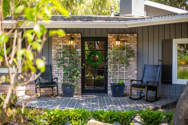 1434 Foothill Rd, Ojai, CA 93023 (MLS #21-2665) :: Chris Gregoire & Chad Beuoy Real Estate