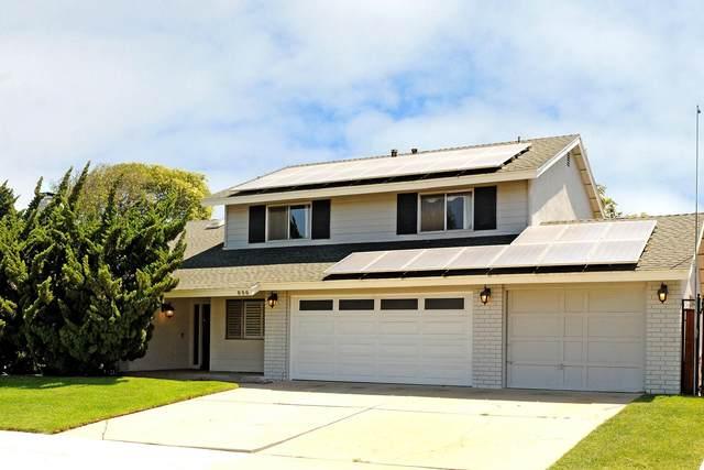 896 Blake St, Santa Maria, CA 93455 (MLS #21-2767) :: Chris Gregoire & Chad Beuoy Real Estate