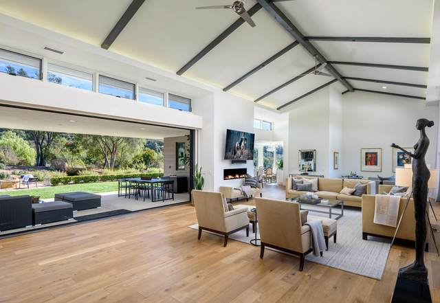 4574 Serenity Ln, Santa Barbara, CA 93111 (MLS #21-715) :: The Zia Group