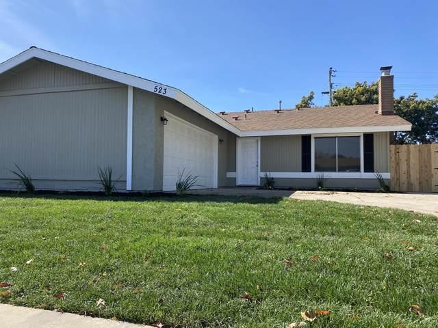 523 Brian St, Santa Maria, CA 93454 (MLS #21-730) :: Chris Gregoire & Chad Beuoy Real Estate
