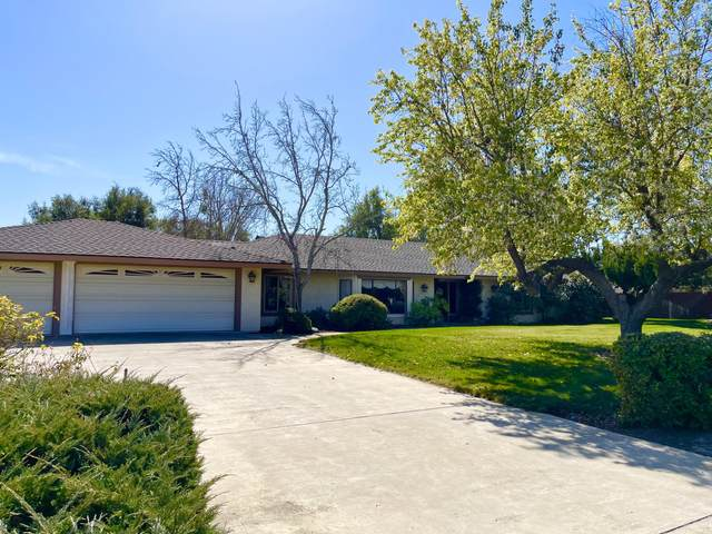 3202 Country Rd, Santa Ynez, CA 93460 (MLS #21-766) :: Chris Gregoire & Chad Beuoy Real Estate