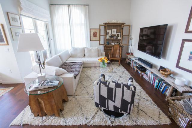 401 Chapala #208, Santa Barbara, CA 93101 (MLS #RN-14612) :: Chris Gregoire & Chad Beuoy Real Estate