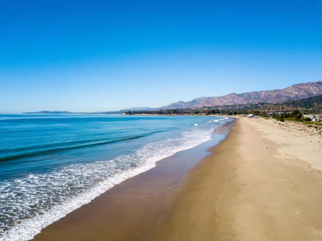 879 Sand Point Rd, Carpinteria, CA 93013 (MLS #18-3798) :: The Zia Group