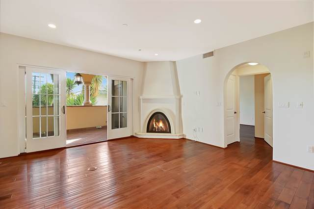 105 W De La Guerra St K, Santa Barbara, CA 93101 (MLS #19-3161) :: The Epstein Partners