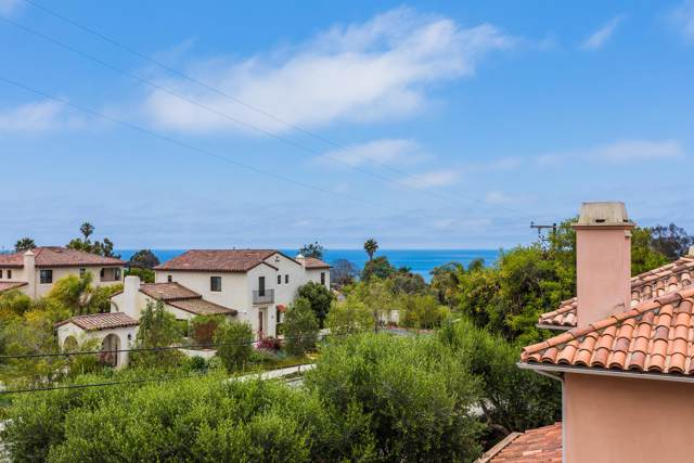 222 Meigs Rd #8, Santa Barbara, CA 93109 (MLS #19-3549) :: The Zia Group