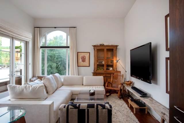401 Chapala St #208, Santa Barbara, CA 93103 (MLS #19-3852) :: Chris Gregoire & Chad Beuoy Real Estate