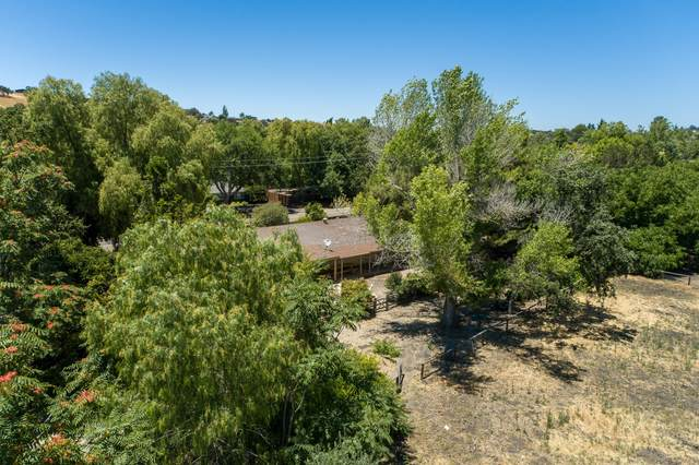 2806 Santa Barbara Ave, Los Olivos, CA 93441 (MLS #20-2676) :: The Epstein Partners