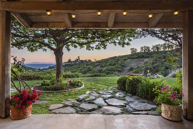 320 Asegra Rd, Summerland, CA 93067 (MLS #20-3013) :: Chris Gregoire & Chad Beuoy Real Estate