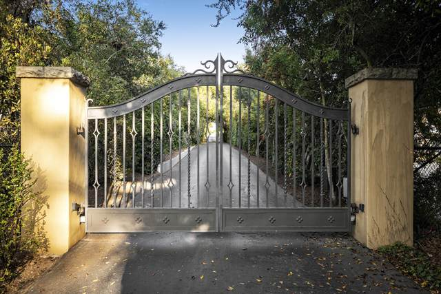 140 Middle Rd, Montecito, CA 93108 (MLS #20-3739) :: Chris Gregoire & Chad Beuoy Real Estate