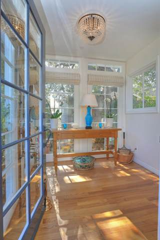 1417 Olive St B, Santa Barbara, CA 93101 (MLS #20-553) :: The Zia Group
