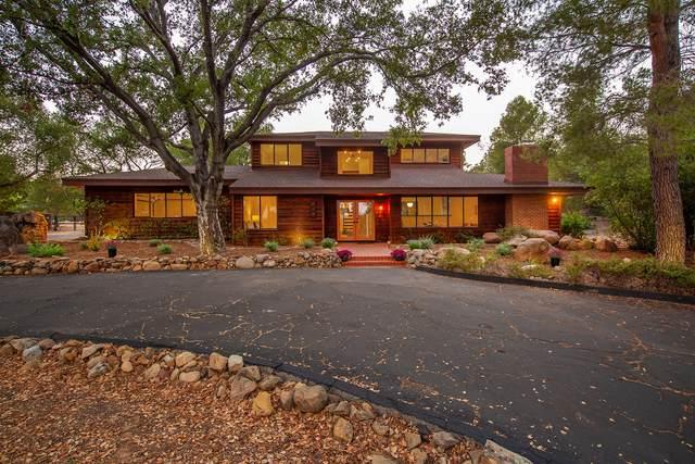 909 Del Oro Dr, Ojai, CA 93023 (MLS #21-2232) :: Chris Gregoire & Chad Beuoy Real Estate