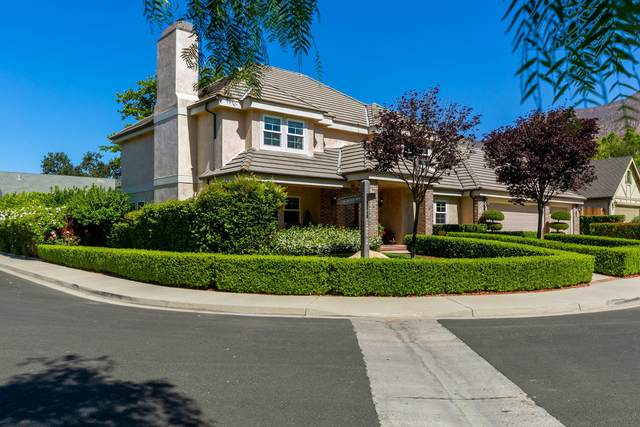 407 Los Alamos Dr, Ojai, CA 93023 (MLS #21-2269) :: Chris Gregoire & Chad Beuoy Real Estate