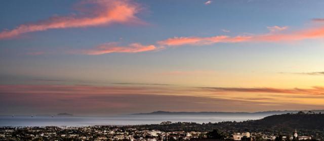 1810 Loma St, Santa Barbara, CA 93103 (MLS #17-3405) :: The Zia Group