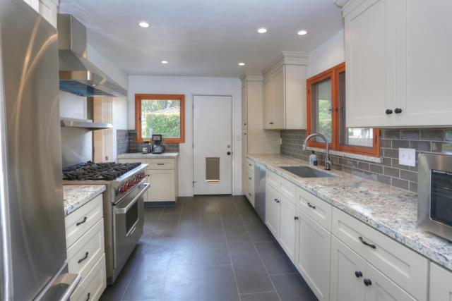 1760 Overlook Ln, Santa Barbara, CA 93103 (MLS #18-3111) :: The Zia Group