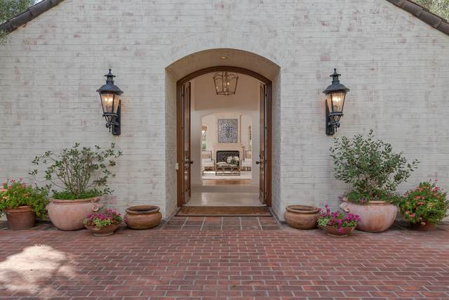 457 Eastgate Ln, Montecito, CA 93108 (MLS #20-1171) :: Chris Gregoire & Chad Beuoy Real Estate