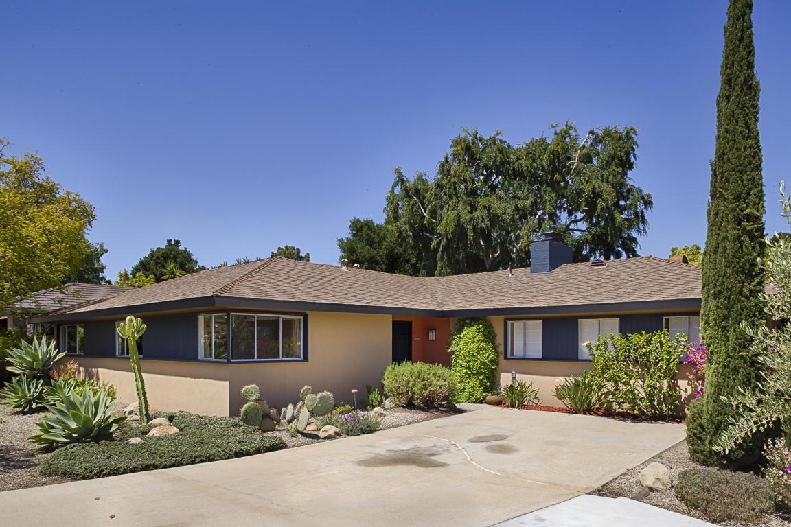 482 Vaquero Ln, Santa Barbara, CA 93111 (MLS #17-1290) :: The Zia Group