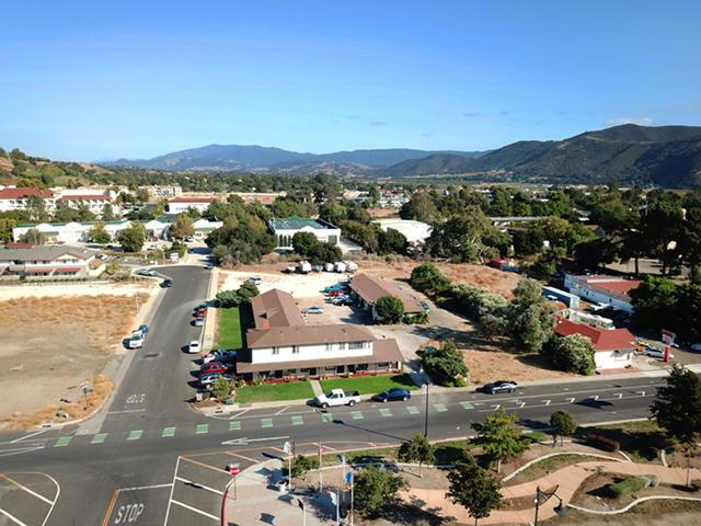 480 Ave Of The Flags, Buellton, CA 93427 (MLS #17-3349) :: The Zia Group