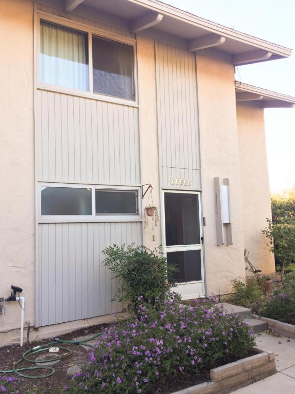 5142 Calle Real A, Santa Barbara, CA 93111 (MLS #17-3928) :: The Epstein Partners