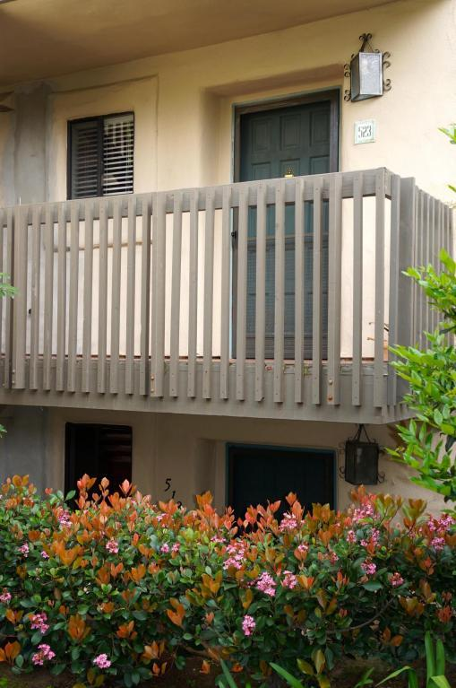 3375 Foothill Rd #523, Carpinteria, CA 93013 (MLS #18-1159) :: The Epstein Partners