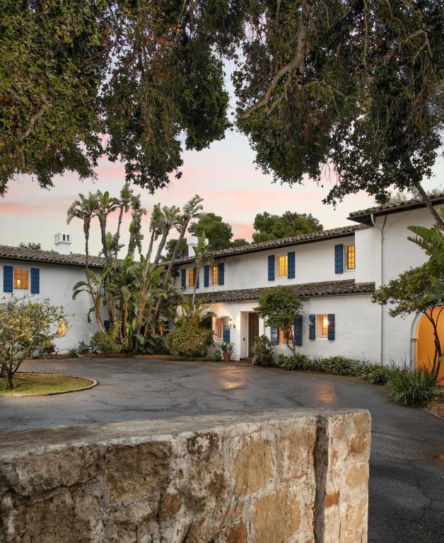 770 Hot Springs Rd, Santa Barbara, CA 93108 (MLS #18-1902) :: The Zia Group