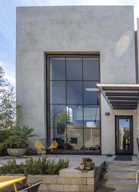 125 Gray Ave, Santa Barbara, CA 93101 (MLS #18-2251) :: The Zia Group