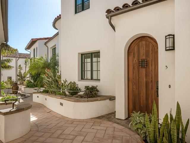 121 W De La Guerra Street #3, Santa Barbara, CA 93101 (MLS #18-537) :: The Zia Group