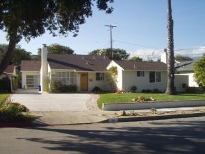 1210 Del Oro Ave, Santa Barbara, CA 93109 (MLS #19-1228) :: The Zia Group