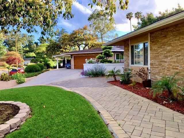 4976 La Ramada Dr, Santa Barbara, CA 93111 (MLS #19-1810) :: The Zia Group