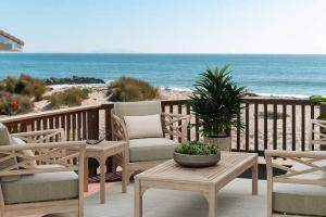 1082 Driftwood Ln, Ventura, CA 93001 (MLS #19-3642) :: The Epstein Partners