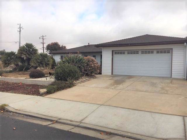 336 Valerie St, Santa Maria, CA 93454 (MLS #19-4043) :: The Zia Group