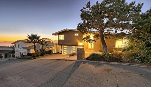 375 Mariposa Dr, Ventura, CA 93001 (MLS #19-439) :: The Epstein Partners