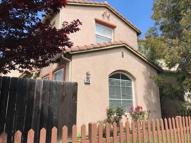 2214 Lily Ln, Santa Maria, CA 93455 (MLS #20-1127) :: The Zia Group