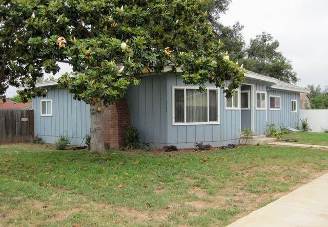 1167 El Centro St, Ojai, CA 93023 (MLS #21-1982) :: Chris Gregoire & Chad Beuoy Real Estate