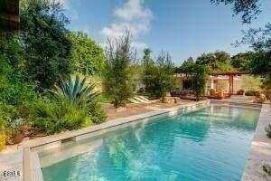 161 Oak Glen Ave, Ojai, CA 93023 (MLS #21-801) :: Chris Gregoire & Chad Beuoy Real Estate